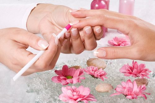 Процедуры восстановления ногтей