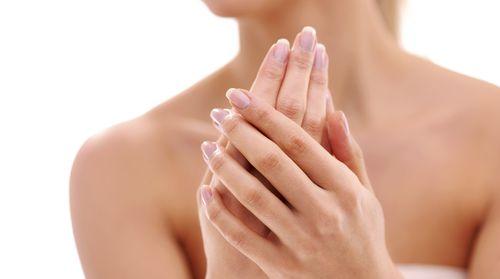 Почему на ногтях появляются волны